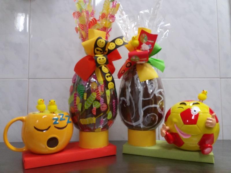 Taza Emoji y Hucha Balon
